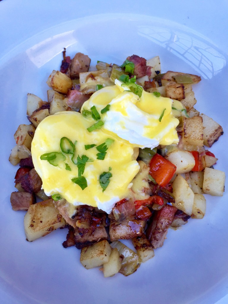 Smoked Beef Brisket Hash, brunch at Bankers Hill