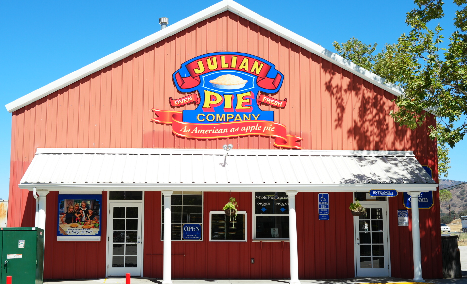 Julian Pie Company - Santa Ysabel location