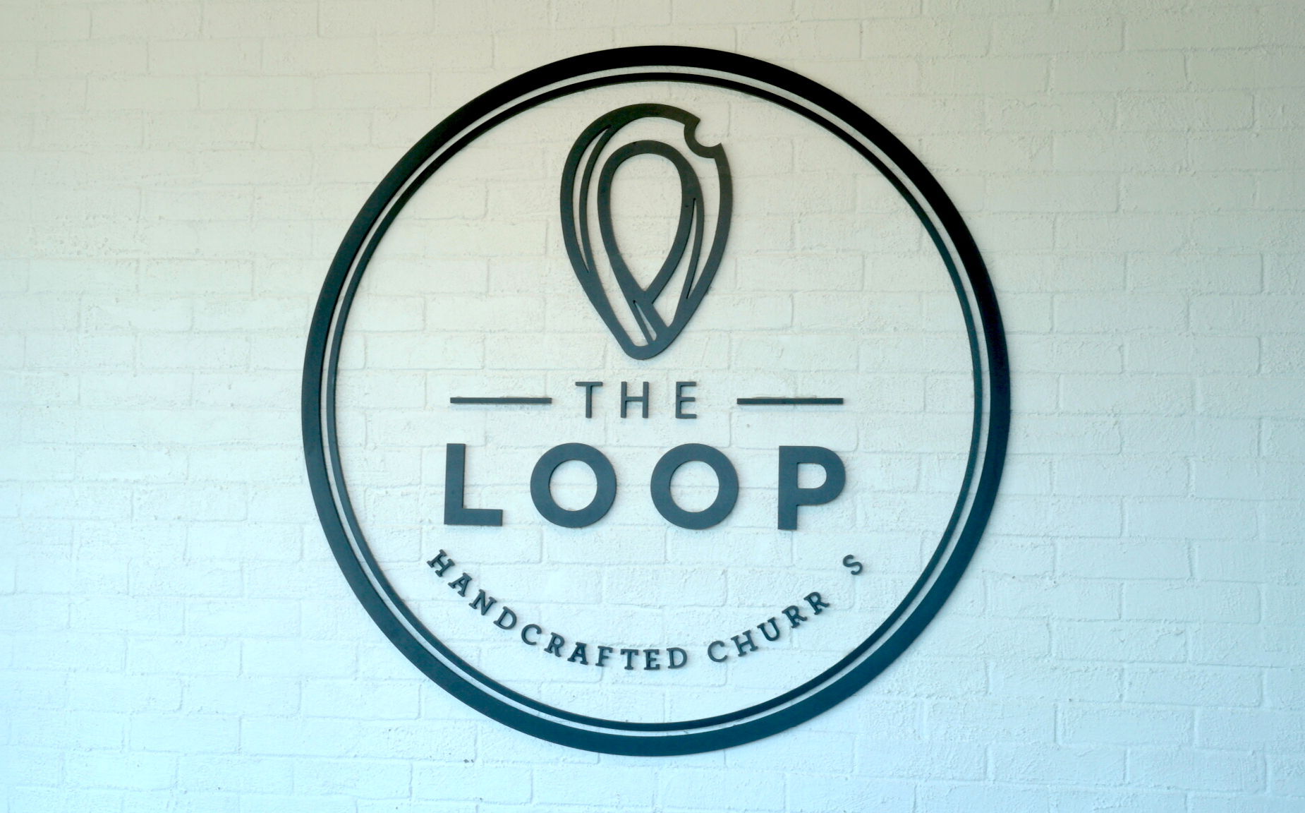 I always appreciate good walls for photo backdrops and The Loop is a food photographers dream.